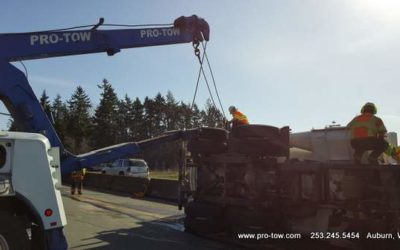 Heavy Duty Towing Uprights A Vacuum Truck – Federal Way, WA