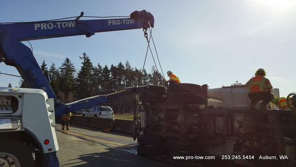 Vac Truck Uprighting Accident Federal Way, WA