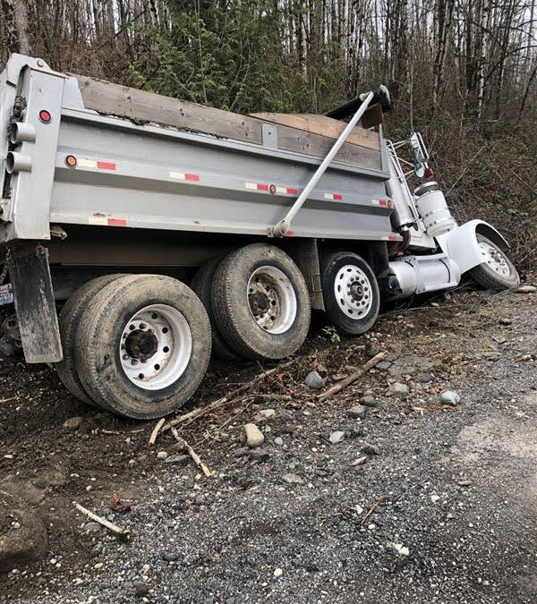 Truck Accident Recovery for Dump Truck Ditched in Ravensdale